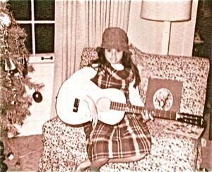 Megon McDonough and her beloved Christmas Guitar039