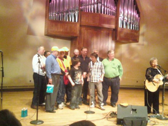 CHRISTINE ONSTAGE WITH ALEX BEAM, JONATHAN EDWARDS, SENSITIVE DUDES - BRANDEIS UNIVERSITY 2009