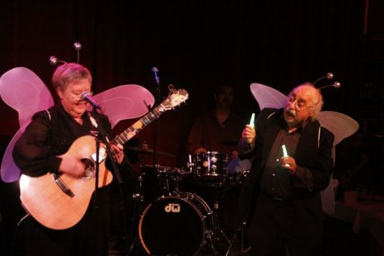 WITH RAY JESSEL SINGING
