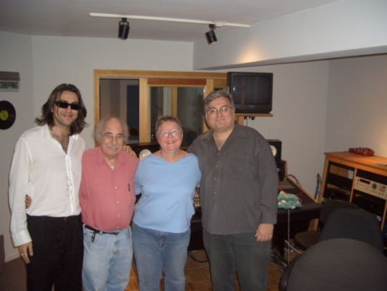 RUSSIAN MICHAEL, RAY JESSEL, CL, MICHAEL QUINN RECORDING 'FRENCH TOAST BREAD PUDDING'