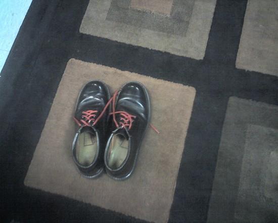 John Gorka's shoes backstage at Boulton Center for the Arts